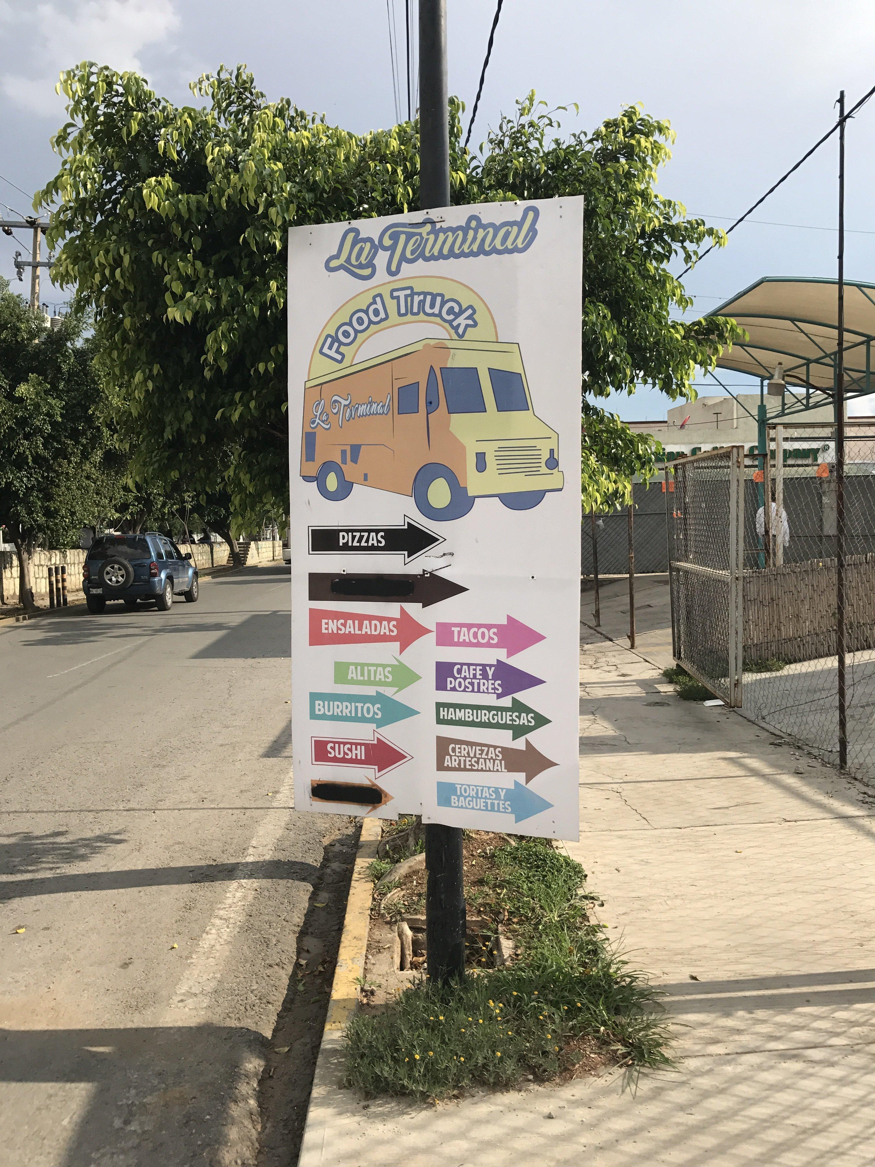 Food Trucks Park